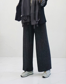Warm Pleats Pants - 3c