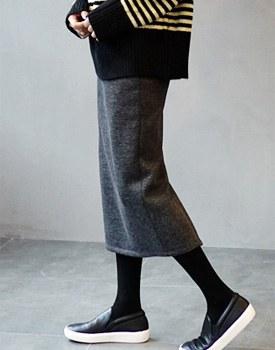PLAN skirt - 2 colors