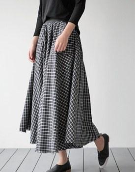 Enter Check Flare Skirt