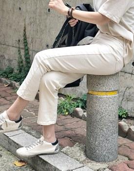 Creamy Straight pants