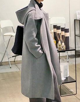 Hood handmade coat