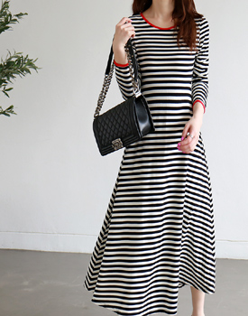 Flare striped dress