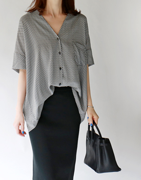 Donna print blouse