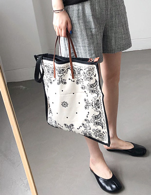 Paisley square Bag- 2c