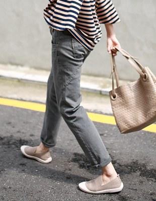 Veil gray half-exhaust jeans