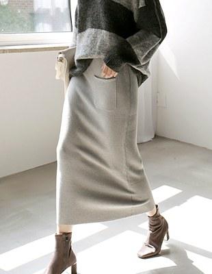 One pocket knit long skirt - 3c