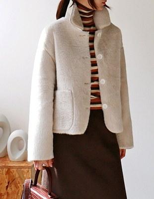fake fur short jacket - 2c