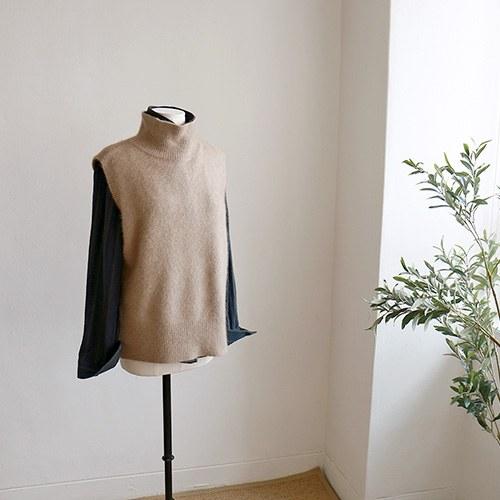 raccoon knit vest - 4c
