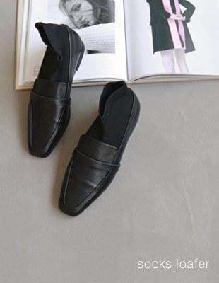 SOCKS loafers