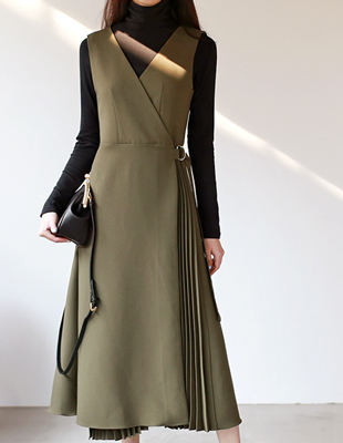 Pleated mori dress - 2c