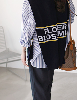blossomed knit shawl
