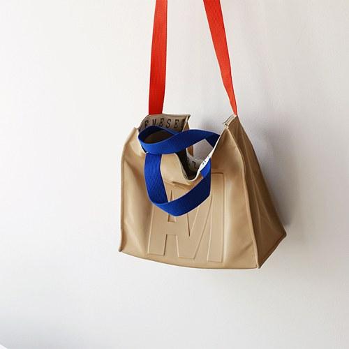 M unique bag